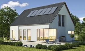 Modernes Einfamilienhaus von ENCON Hausbau Berlin